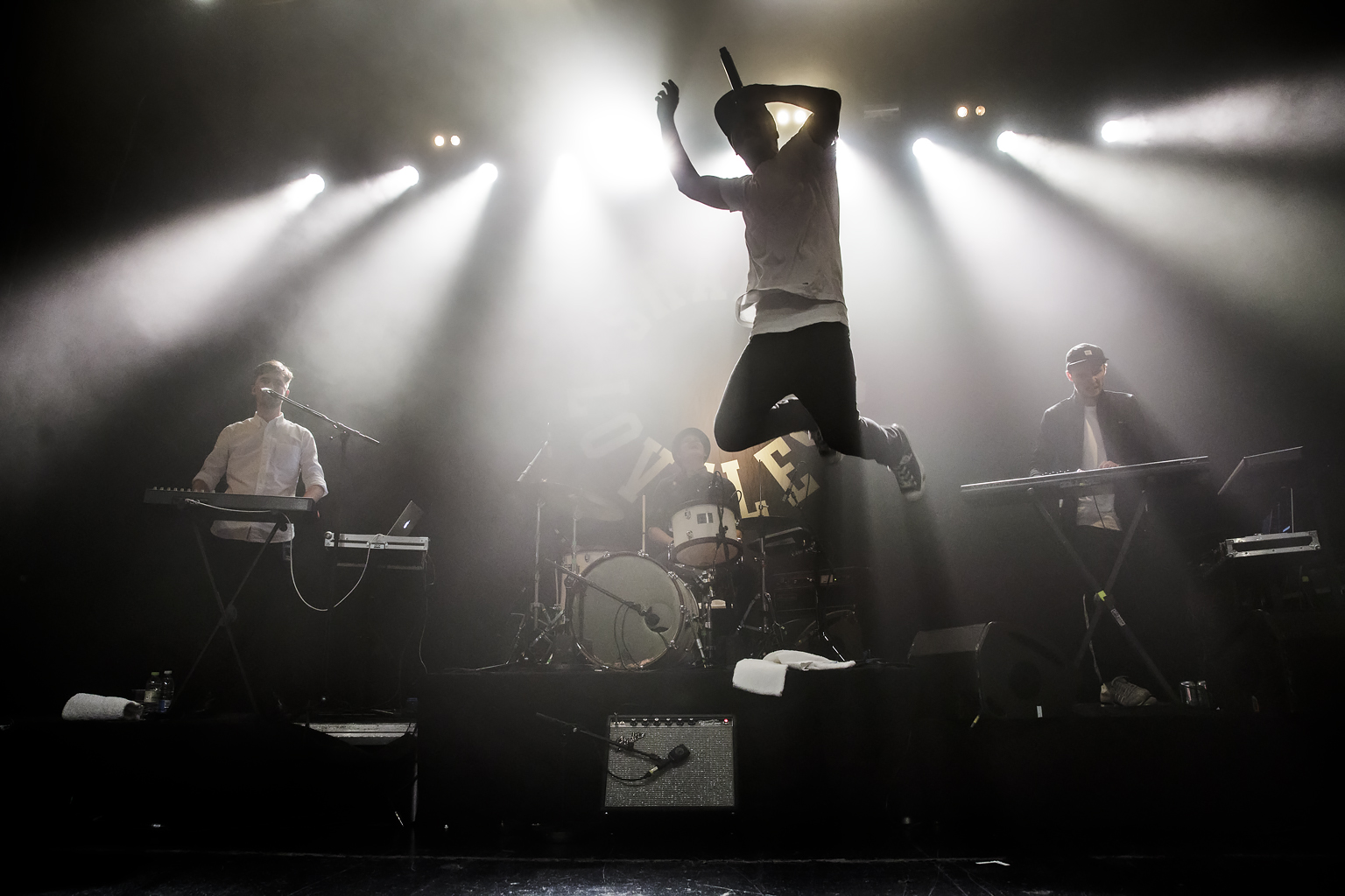 PHOTOS / PETER TROEST